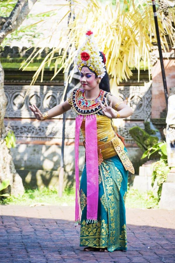 bali barongdans indonesia royaltyfria foton
