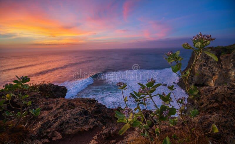 Bali-Klippen bei Sonnenuntergang lizenzfreie stockfotografie