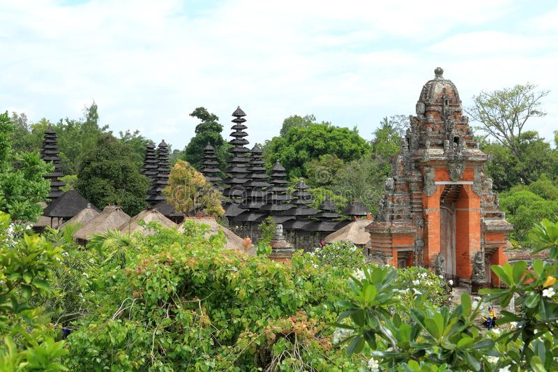 Bali: Templo de Taman Ayun (Pura Taman Ayun) imagens de stock