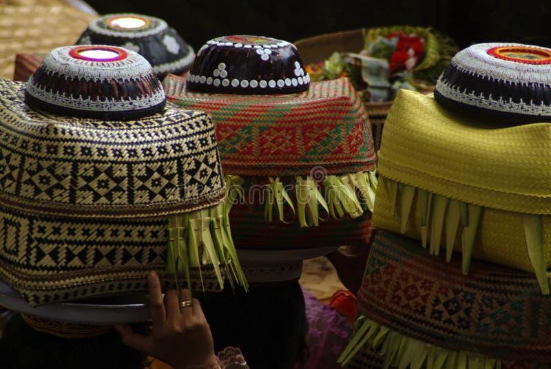 Balinees Hindoes dienstenaanbod stock afbeelding