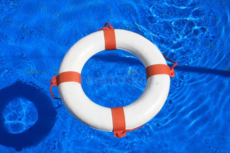 Balise de piscine photographie stock libre de droits