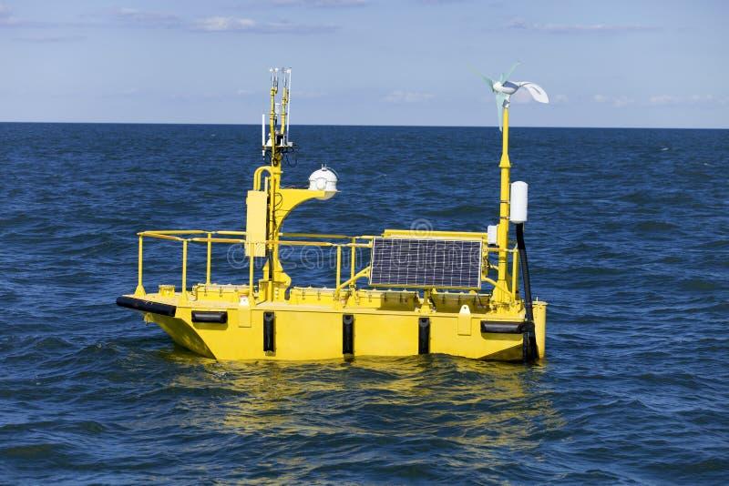 Balise de recherches de temps d'océan photographie stock libre de droits