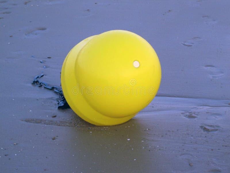 Balise sur la plage photographie stock libre de droits