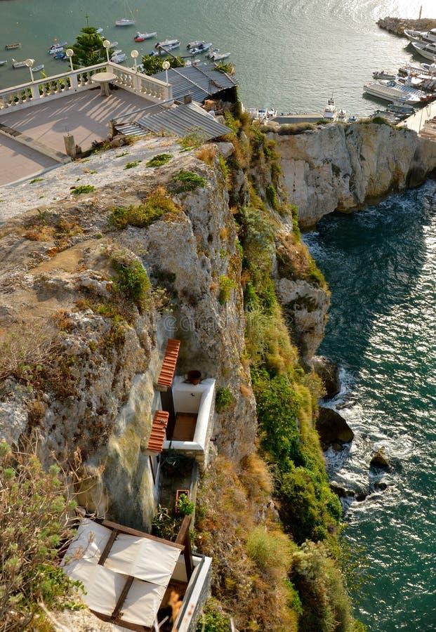 Balkon die het overzees overzien royalty-vrije stock fotografie