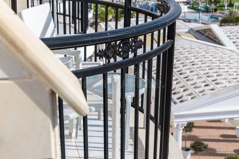 Download Balkon hotel zdjęcie stock. Obraz złożonej z wnętrze - 53781276