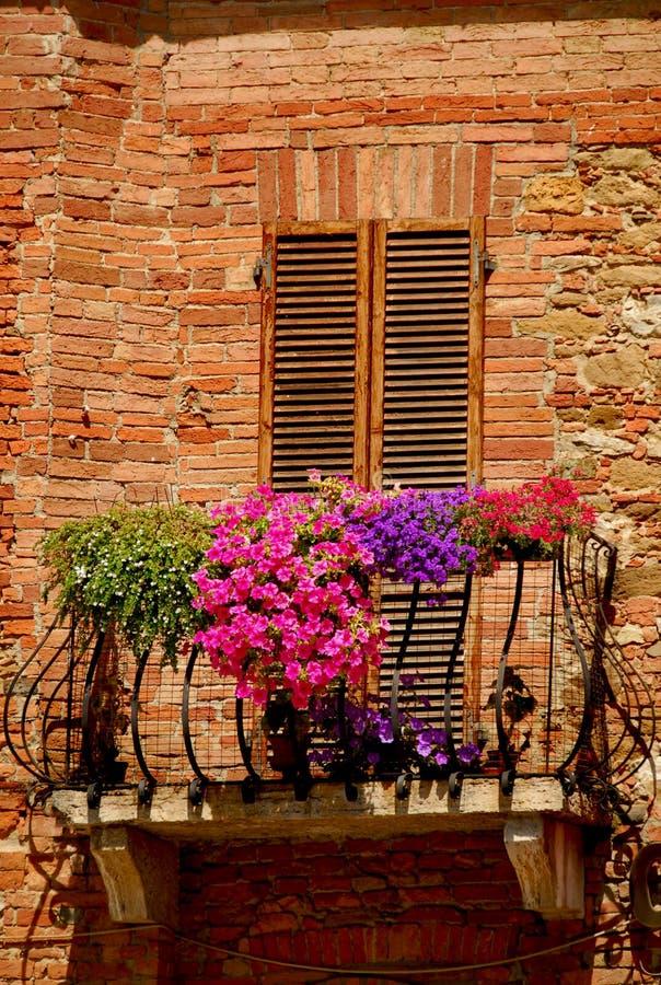 Balkon in Toscanië stock foto's
