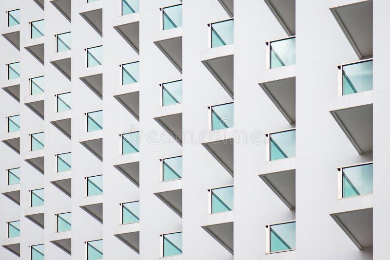 Balkone des modernen Gebäudes stockfotografie
