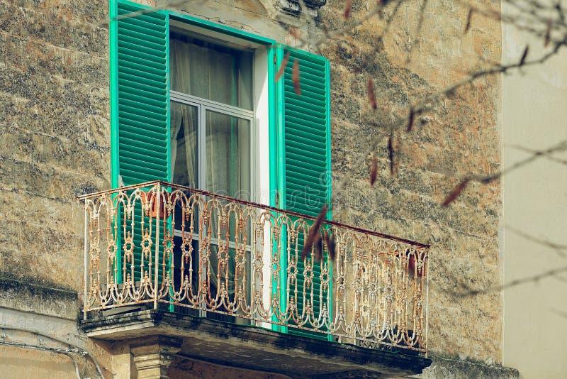 Balkong i Matera royaltyfria foton