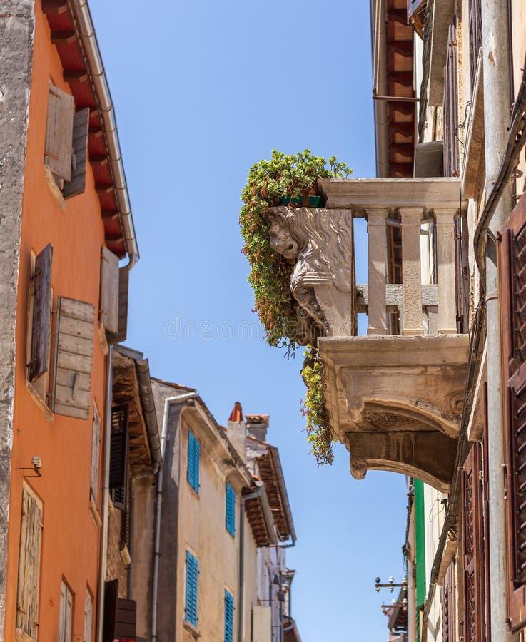 Balkong stad, Cityscape, Kroatien, Europa royaltyfria bilder