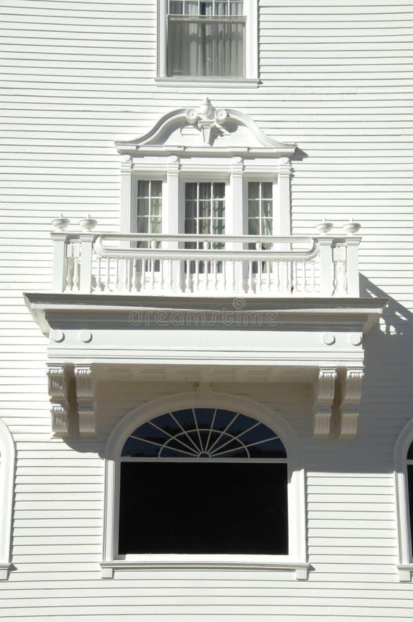 balkongwhite arkivbild