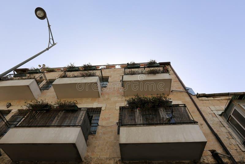Balkony i okno w mieście Jerozolima zdjęcie royalty free