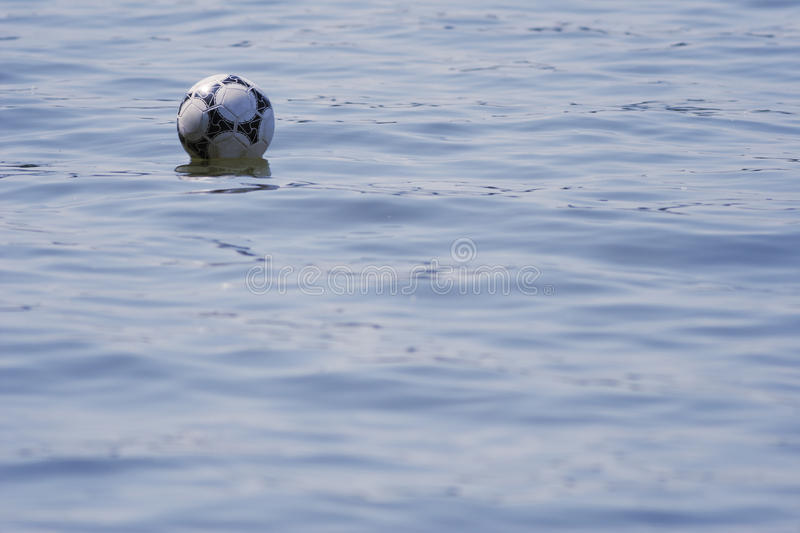 Ball In The Water. Royalty Free Stock Photos
