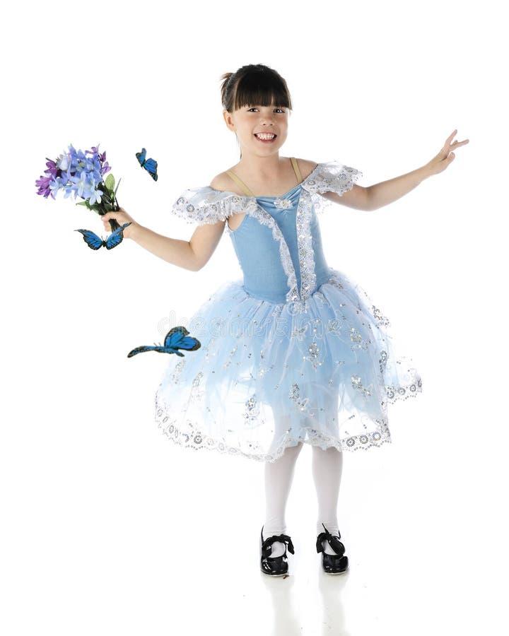 Ballando con le farfalle immagine stock libera da diritti