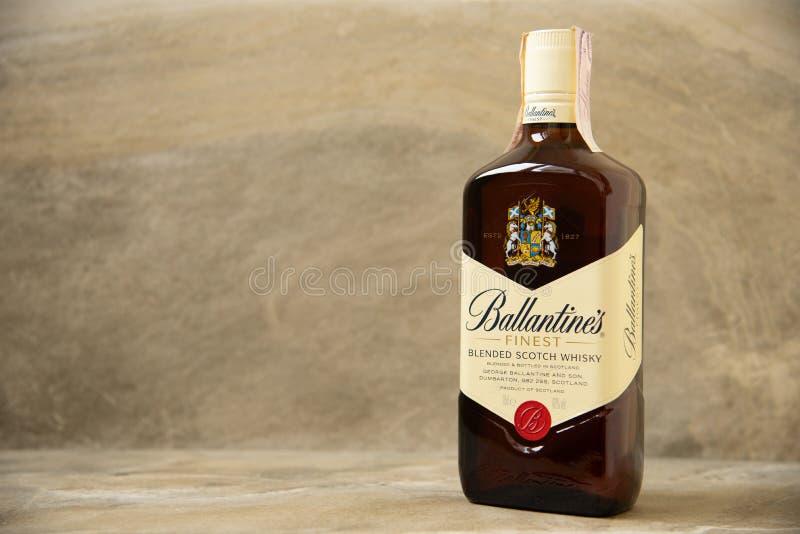 Ballantines whisky produkujący Pernod Ricard w Dumbarton, Szkocja obraz stock