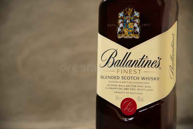 Ballantines whisky produkuj?cy Pernod Ricard w Dumbarton, Szkocja zdjęcia stock