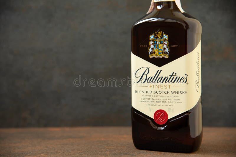 Ballantines whisky produkuj?cy Pernod Ricard w Dumbarton, Szkocja zdjęcie stock
