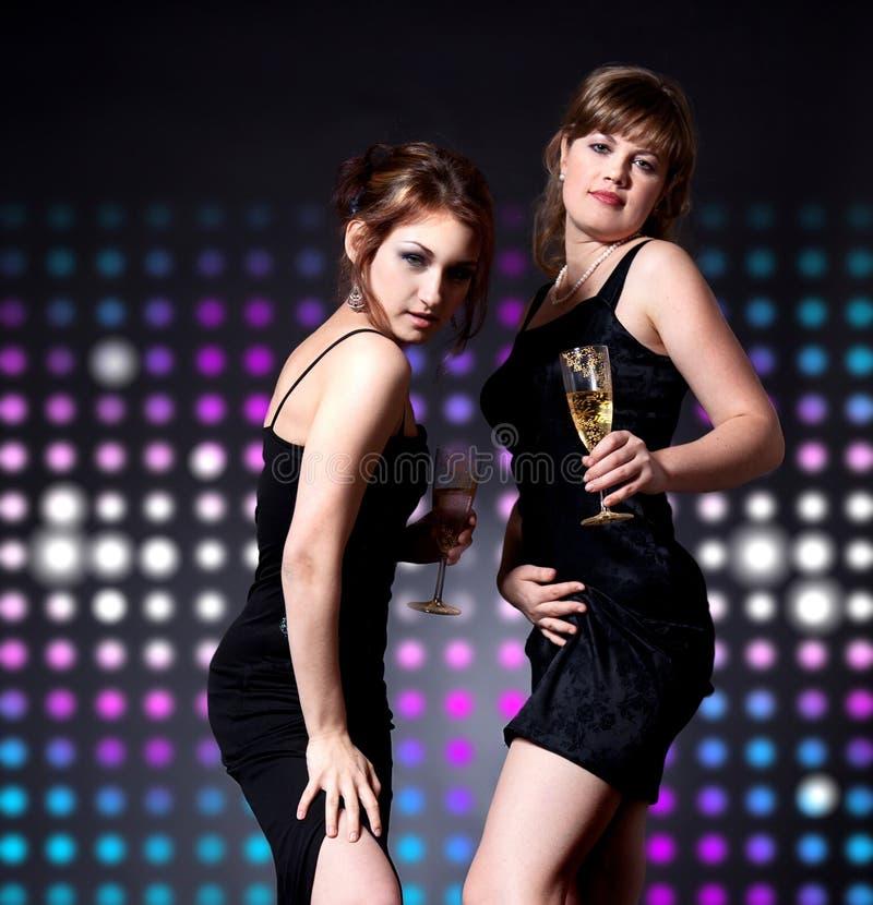 Ballare delle due donne immagini stock