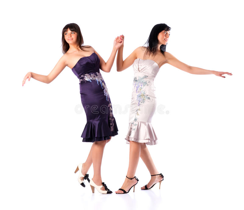 Ballare delle due giovani donne immagine stock libera da diritti
