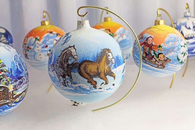 Balldekor des Weihnachtsneuen Jahres lizenzfreies stockbild