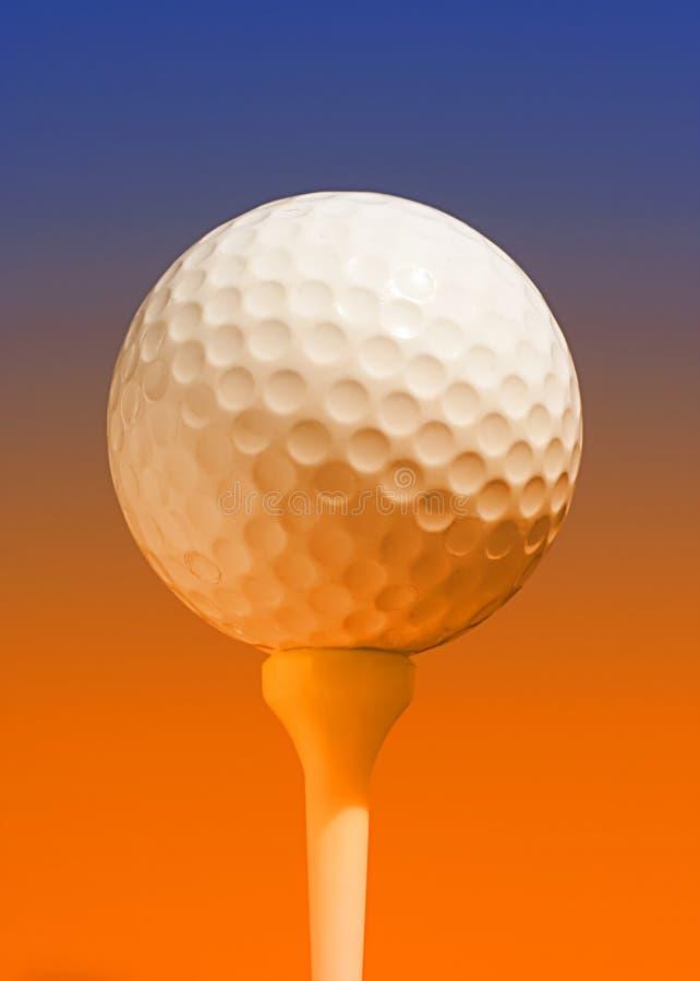 Balle de golf avec l'effet de la lumière image stock