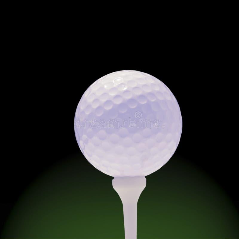 Balle de golf sur le vert et le noir photo libre de droits