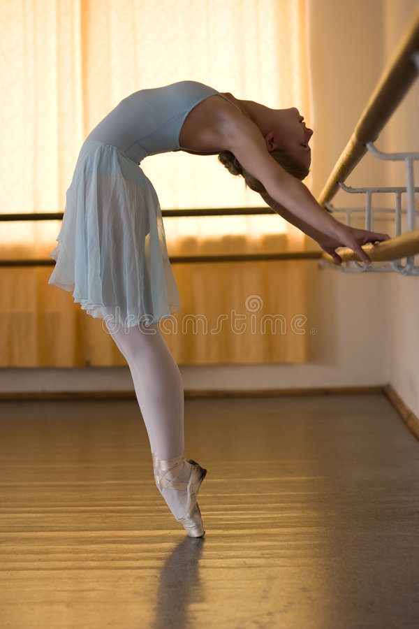 Download Ballerina In Ballet Class Royalty Free Stock Images - Image: 6581699