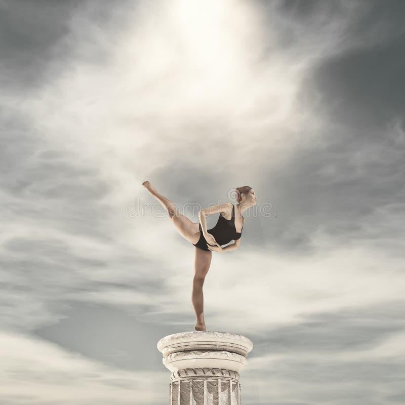Ballerina die op tiptoe dansen royalty-vrije stock afbeeldingen