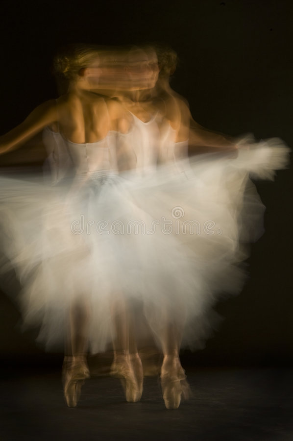 Download Ballerina Motion Spin Royalty Free Stock Images - Image: 6879689