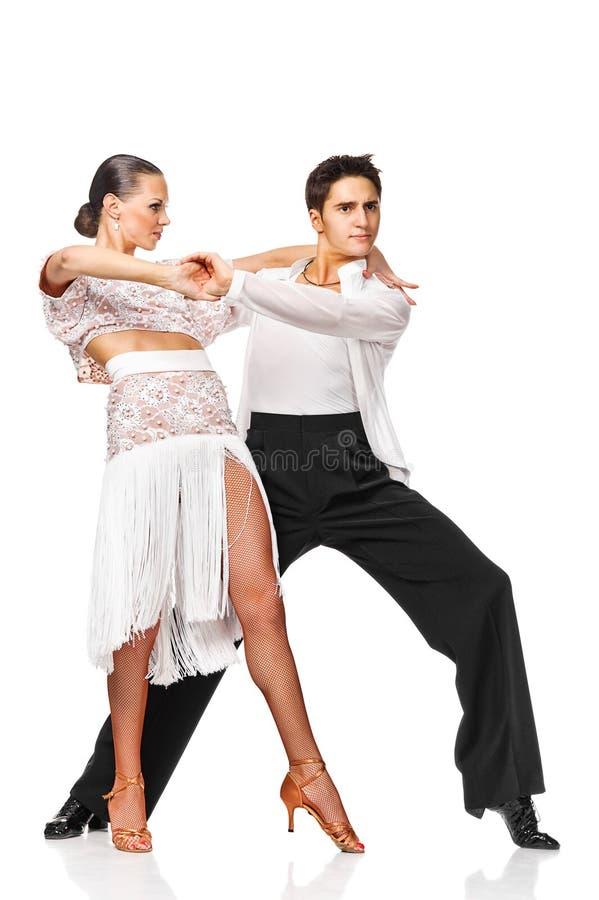 Ballerini del latino nell'azione. Isolato fotografia stock