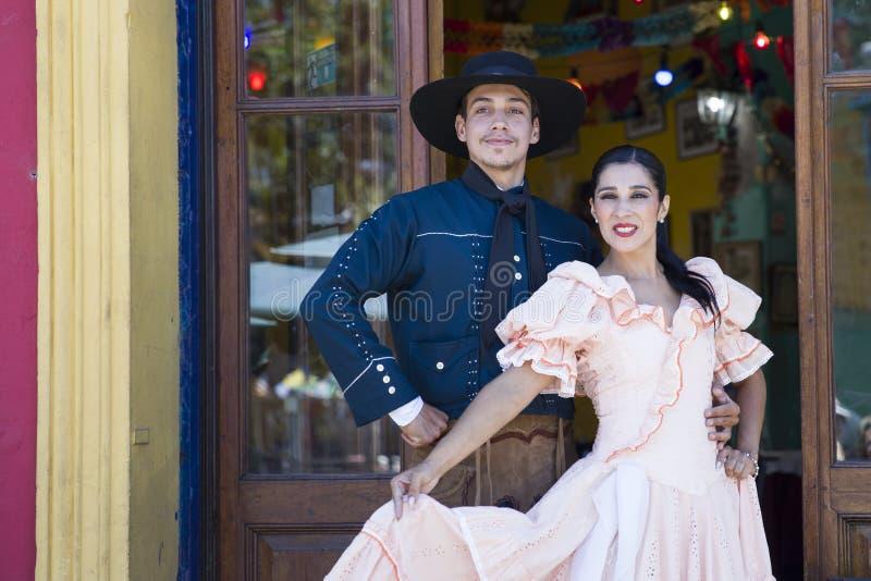Ballerini di Chacarera da Buenos Aires, Argentina immagine stock