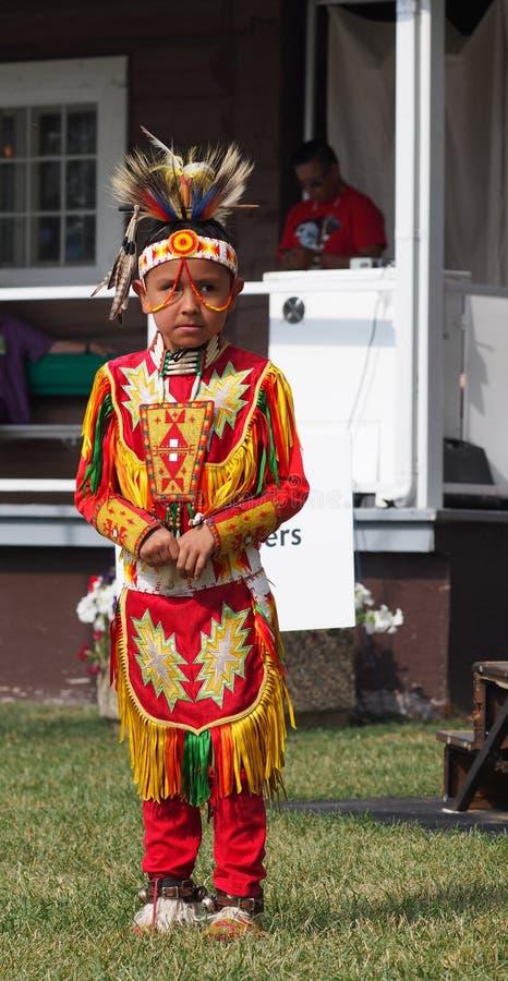 Ballerino aborigeno del bambino immagini stock