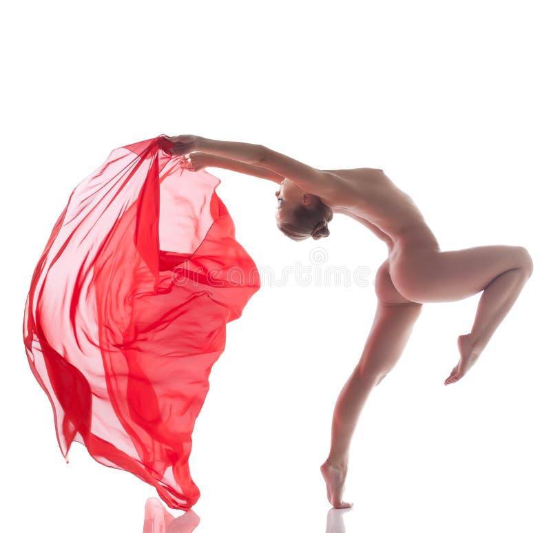 Download Ballerino Appassionato Che Posa Con Il Panno Rosso Immagine Stock - Immagine di femmina, studio: 30828891