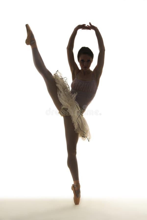 Ballerino di balletto della siluetta fotografie stock