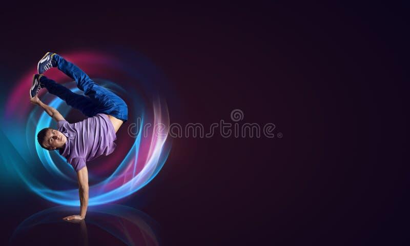 Ballerino hip-hop royalty illustrazione gratis
