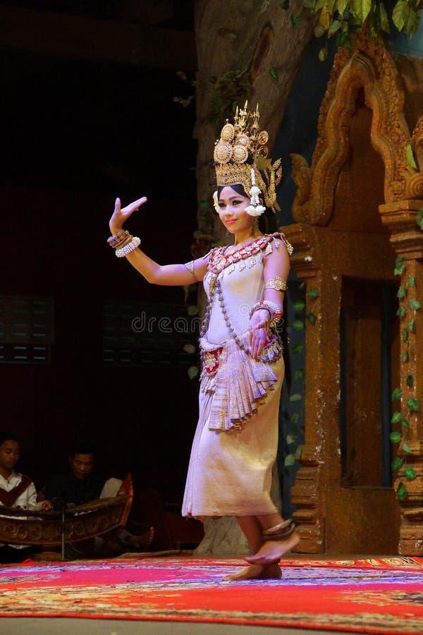 Download Ballerino solo di Apsara fotografia editoriale. Immagine di artista - 55354351