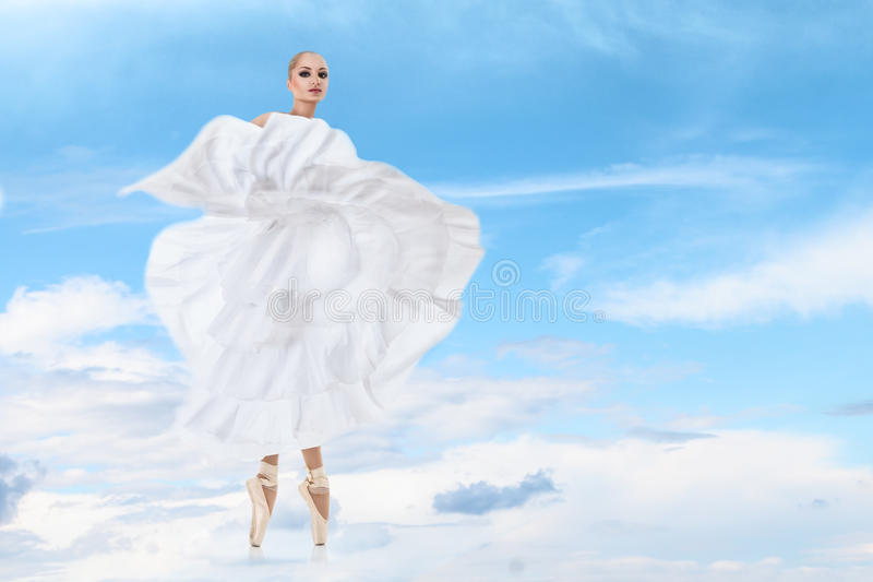 Ballet dancer perfoming arts royalty free stock images