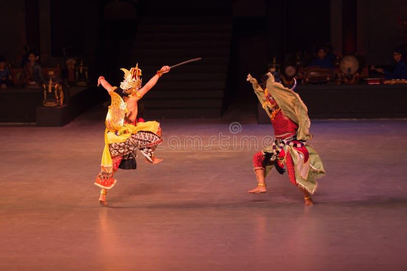 Ballet de Ramayana en Prambanan, Indonesia fotos de archivo
