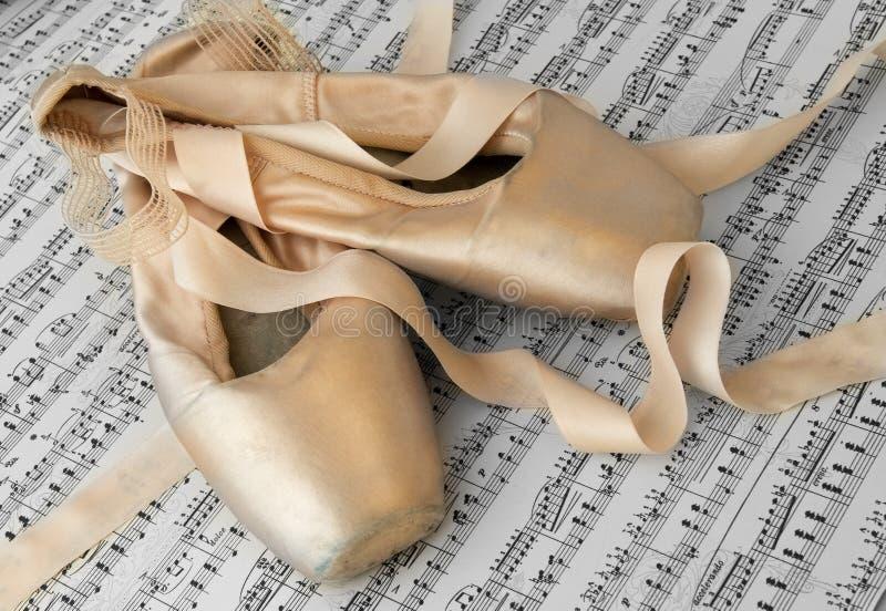 Balletpantoffels royalty-vrije stock foto's