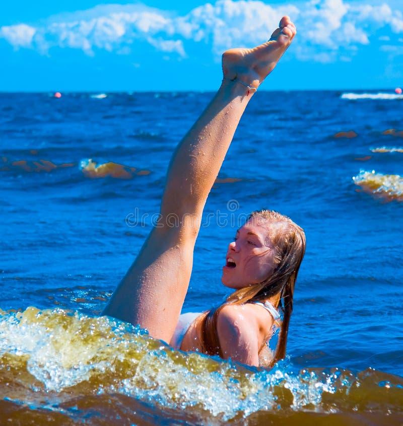 Ballett im Wasser lizenzfreie stockbilder