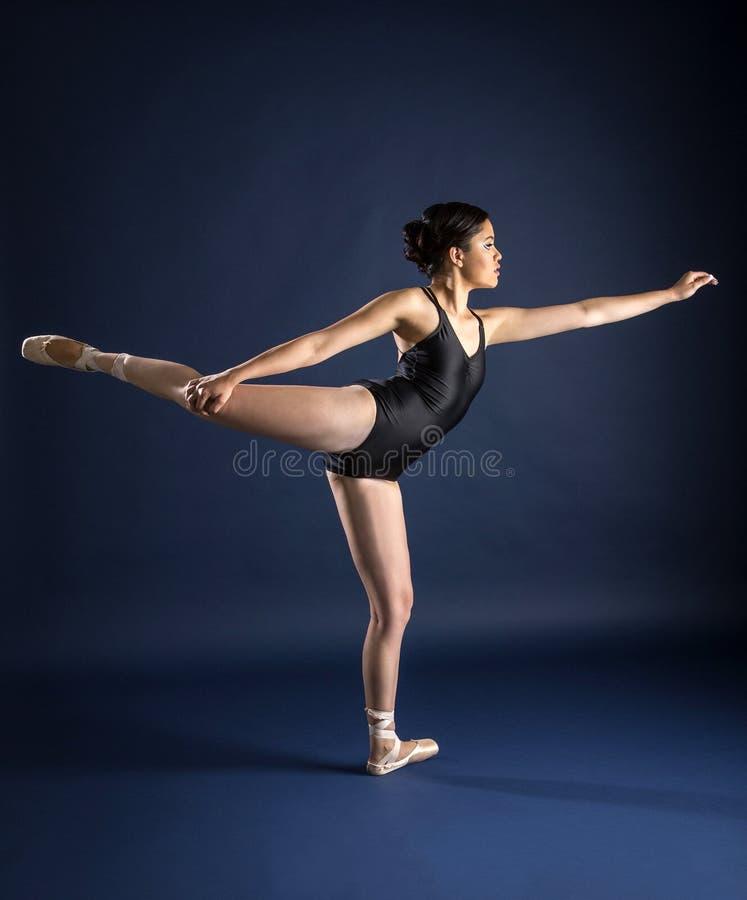 Ballett-Tänzer und Turner lizenzfreies stockfoto