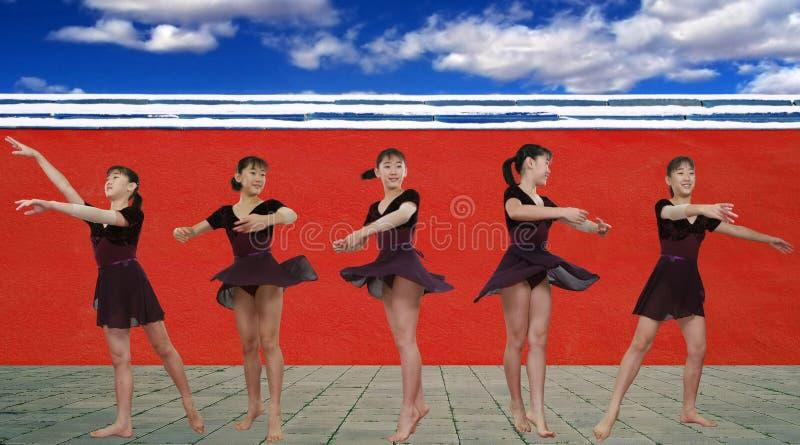 Download Balletto immagine stock. Immagine di preteen, parete, gymnastic - 3136263