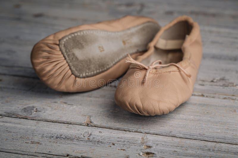 Ballettschuhe lizenzfreies stockfoto