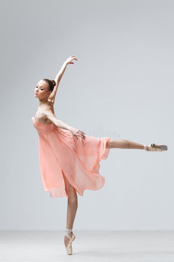 Balletttänzer lizenzfreie stockfotos