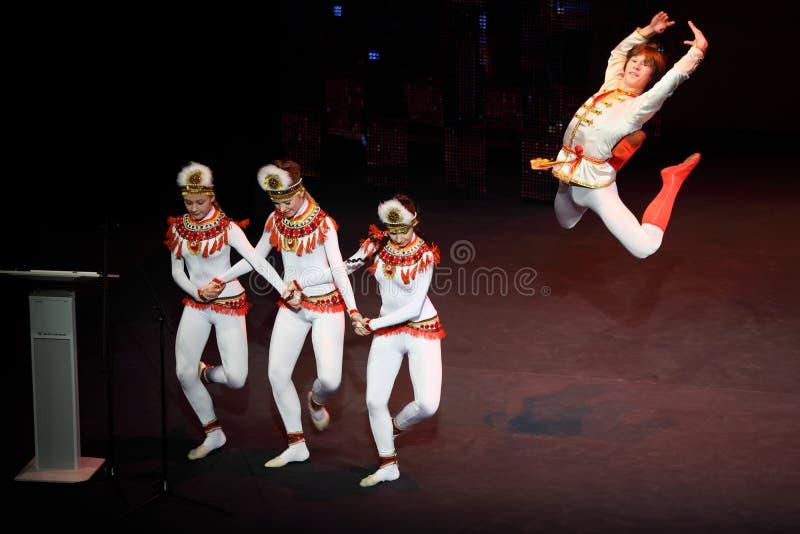 Balletttanz am Konzert Gennady Ledyakh der Schule lizenzfreie stockfotos