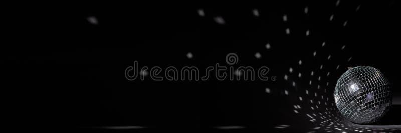 Ballo da disco a specchio Nightclub Per la pubblicità o la progettazione Web Panorama di intrattenimento, discoteca o musica fotografia stock libera da diritti