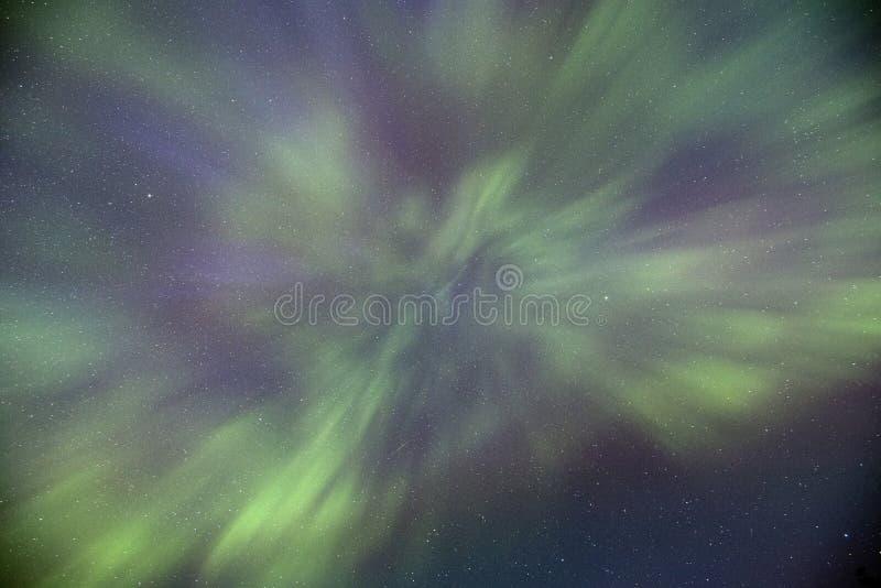 Ballo dell'aurora boreale sopraelevato fotografia stock libera da diritti