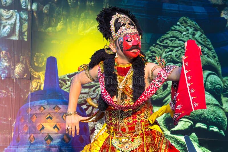 Ballo di Giava di ballo della maschera di Klana, prestazione tradizionale dell'Indonesia a Jakarta, Indonesia fotografie stock libere da diritti