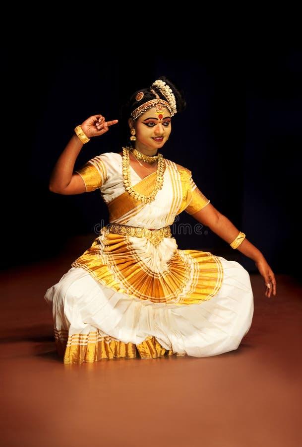 Ballo di Mohinyattam in India fotografie stock
