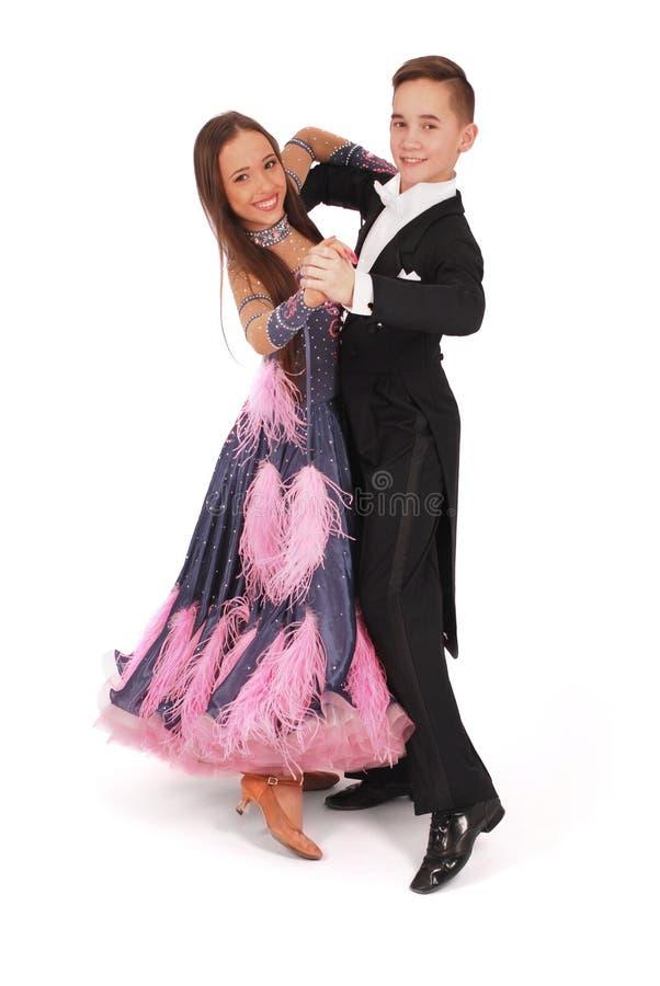 Ballo di sala da ballo di dancing della ragazza e del ragazzo fotografia stock libera da diritti