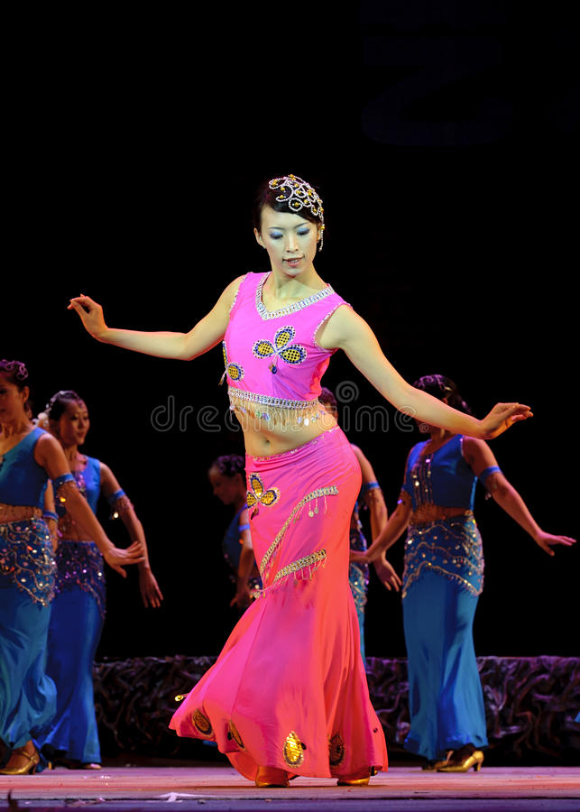 Ballo etnico cinese del Dai fotografia stock libera da diritti